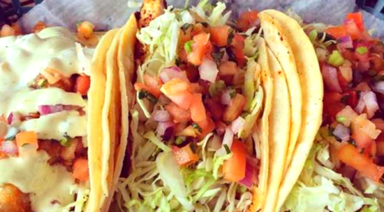Lahaina Restaurant: Fish Market Maui, Tacos and Sandwiches