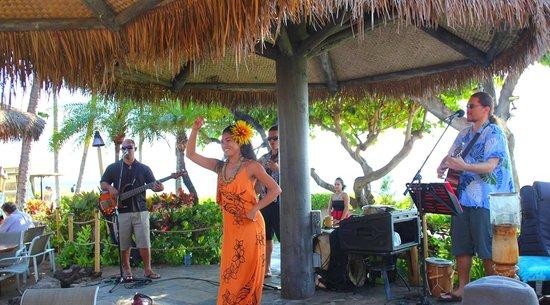 Ka'anapali Beach Restaurant: Hula Grill near Whalers Village