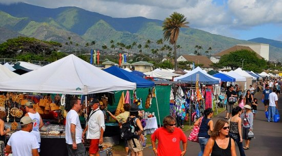 Maui Swap Meet: Local Maui Shopping