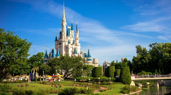 Orlando Family Vacation Guide: Cinderella's Castle in Magic Kingdom - what to do