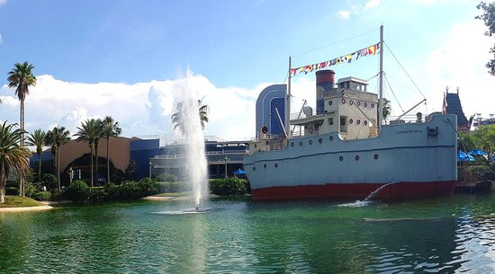 Min And Bill's Dockside Diner: Hollywood Studios Restaurant