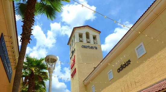 Orlando Premium Outlets Vineland Shopping Mall