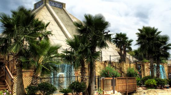 Cancun Lagoon Pyramid Mini Golf Myrtle Beach