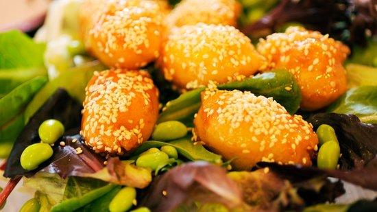 Lotus Blossom Cafe: Epcot Restaurant