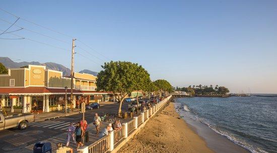 Aina Nalu Resort: Downtown Lahaina