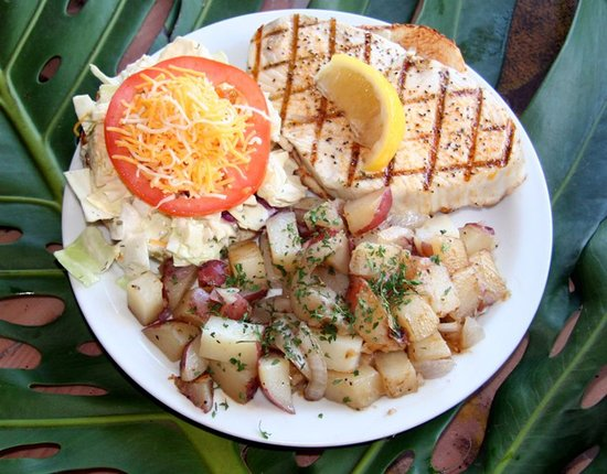 Paia Fish Market: Where to Eat on Maui