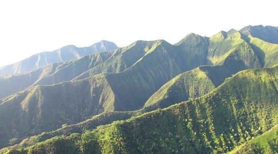 Waihee Ridge Maui Hiking