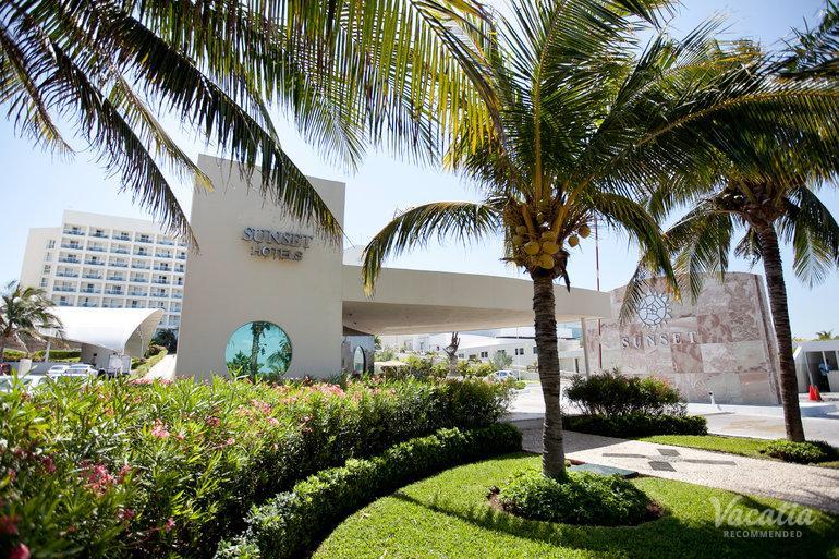 Sunset Royal Beach Resort Timeshare Resorts Cancun