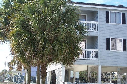 Kingfisher Inn · Sandy Shores III