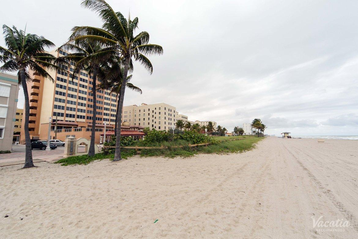 Hollywood Beach Tower Timeshare