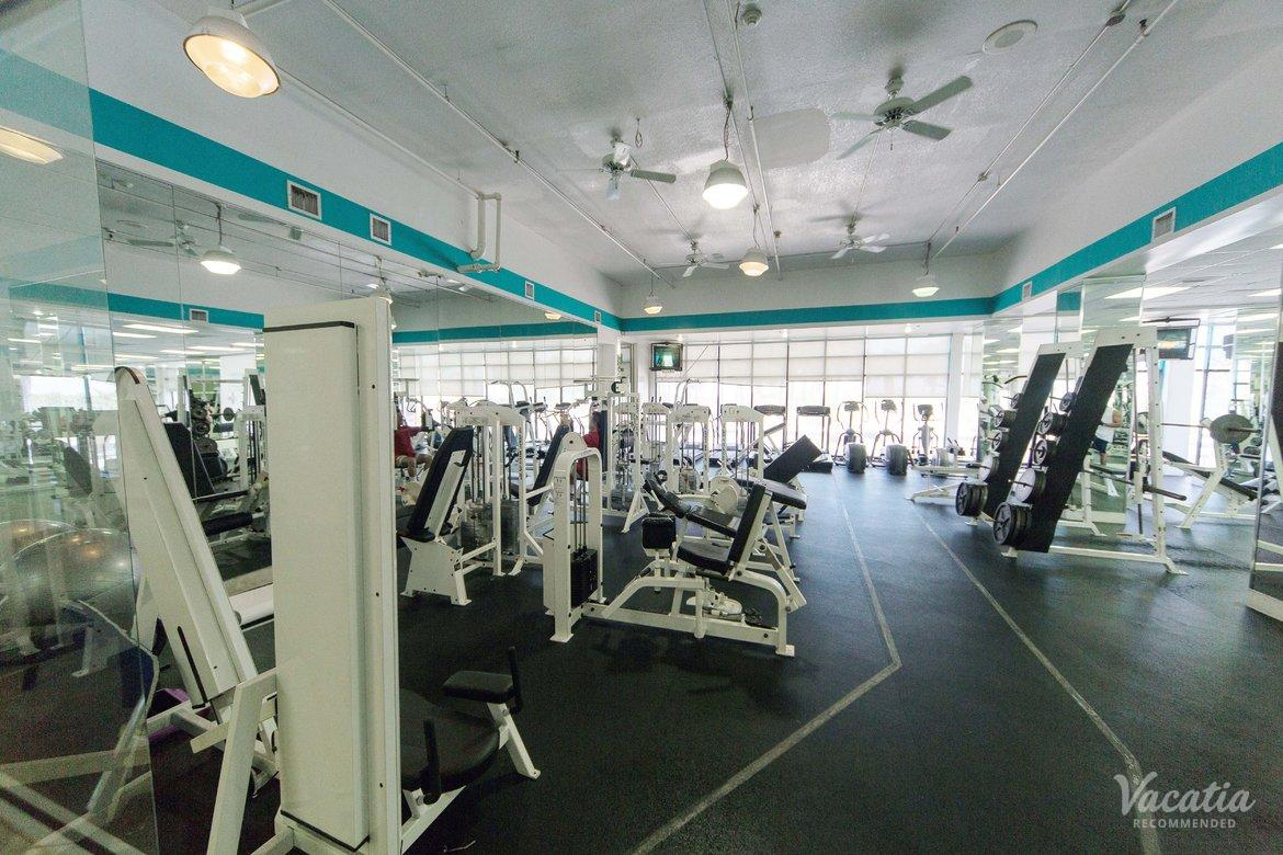 Crystal Beach Suites Health Club