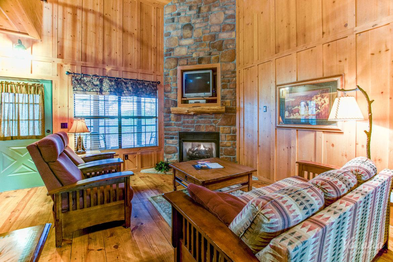 the cabins at green mountain | timeshare resorts | branson, missouri
