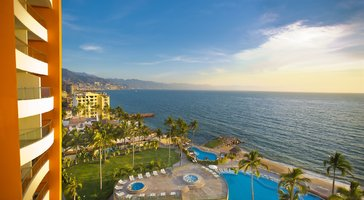 Sunset Plaza Beach Resort & Spa Puerto Vallarta All Inclusive