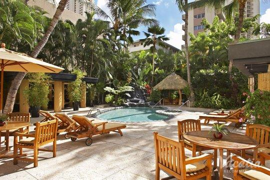 Oahu Resorts with Kitchens - Book Resorts with Kitchens at Vacatia