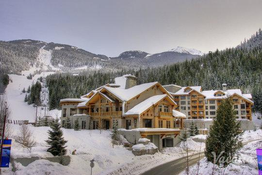 First Tracks Lodge - Whistler