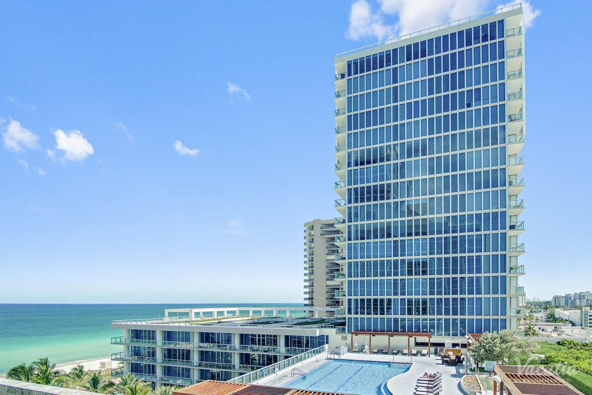 Carillon Miami Beach Image