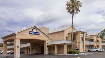 Days Inn by Wyndham Daytona Beach Speedway