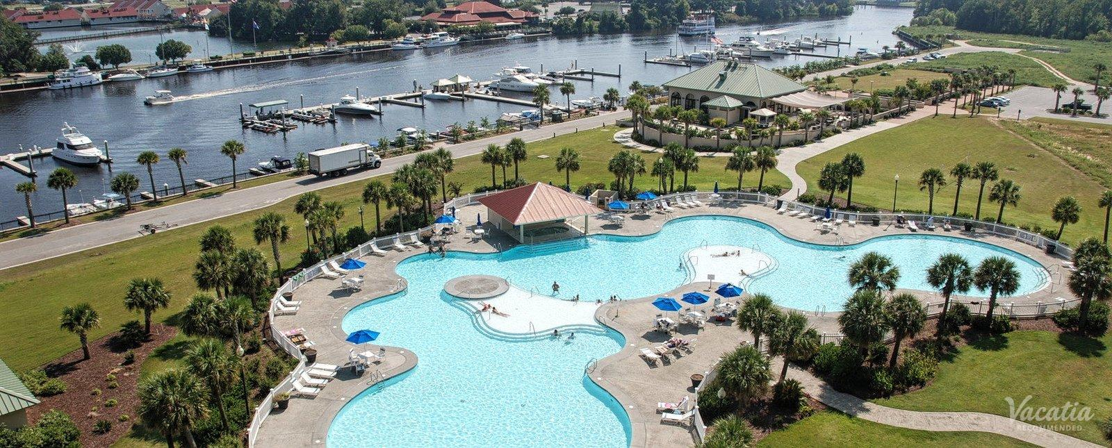 Barefoot Resort Pool