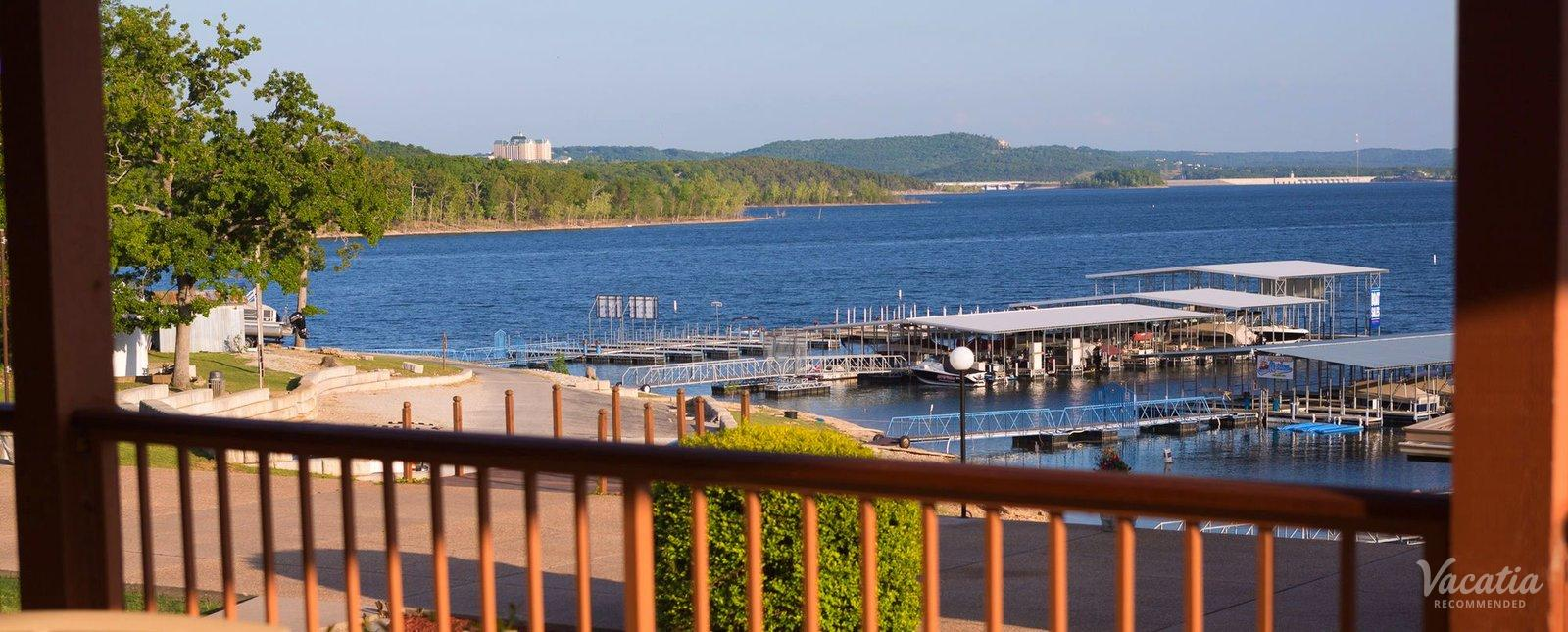 Branson Yacht Club Lake View