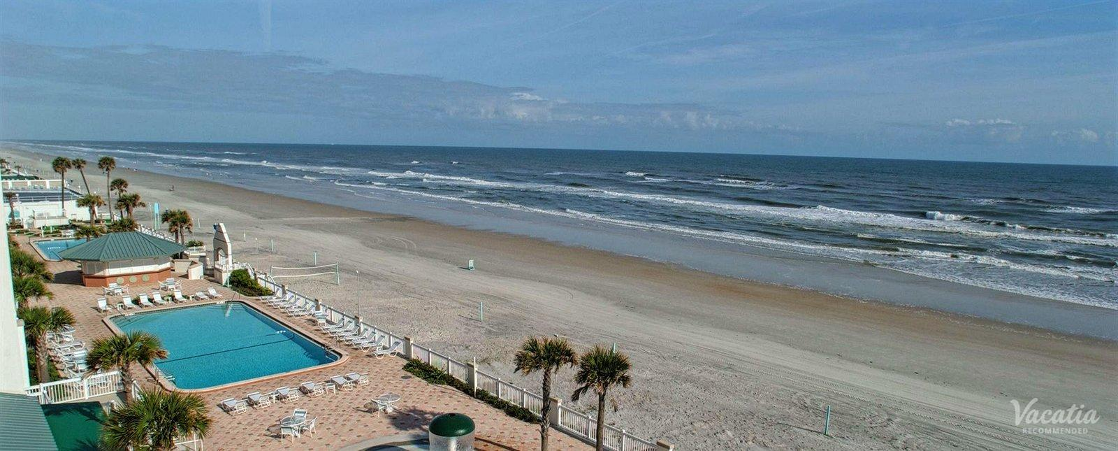 Daytona Beach Resort & Conference Center Pool