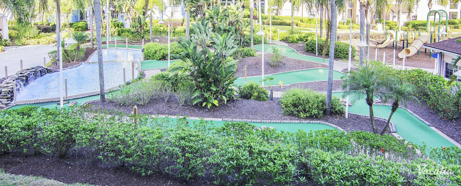 Grande Villas Resort minigolf course for families