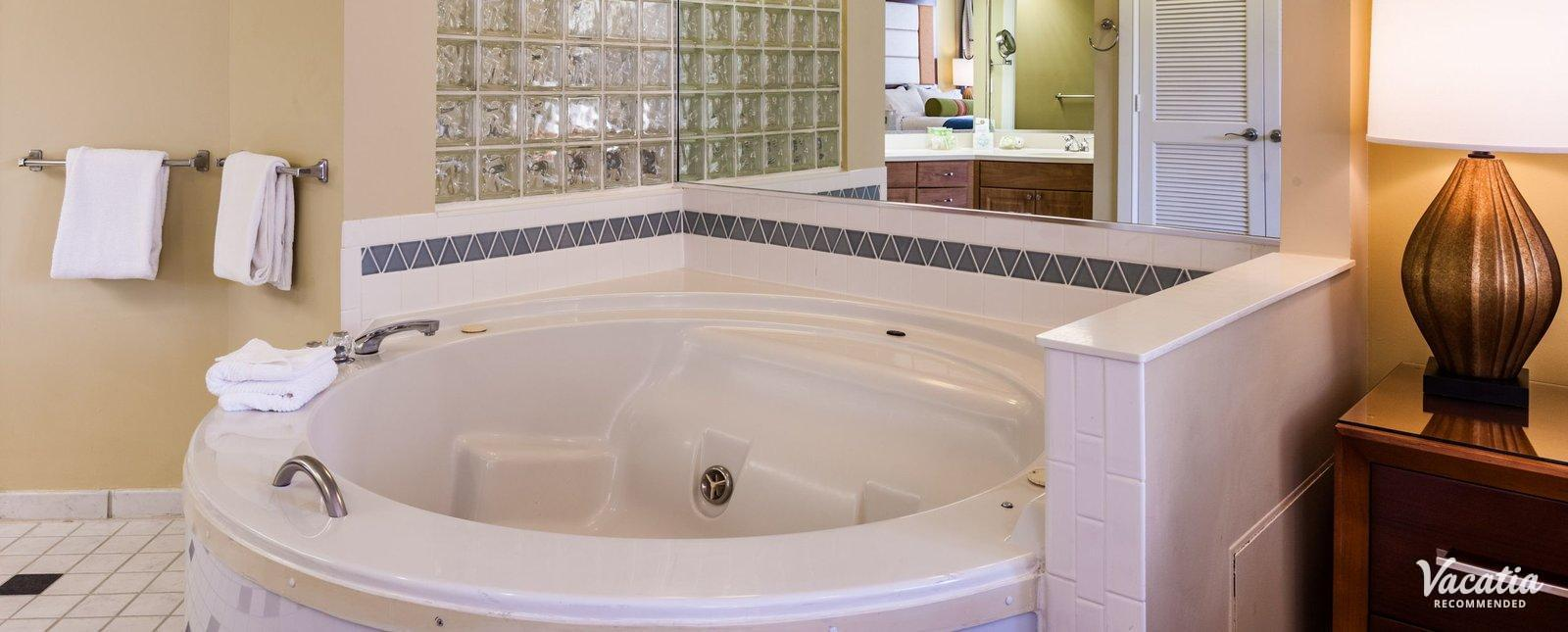 Marriott's Imperial Palms Villas condo rentals with jacuzzi tubs