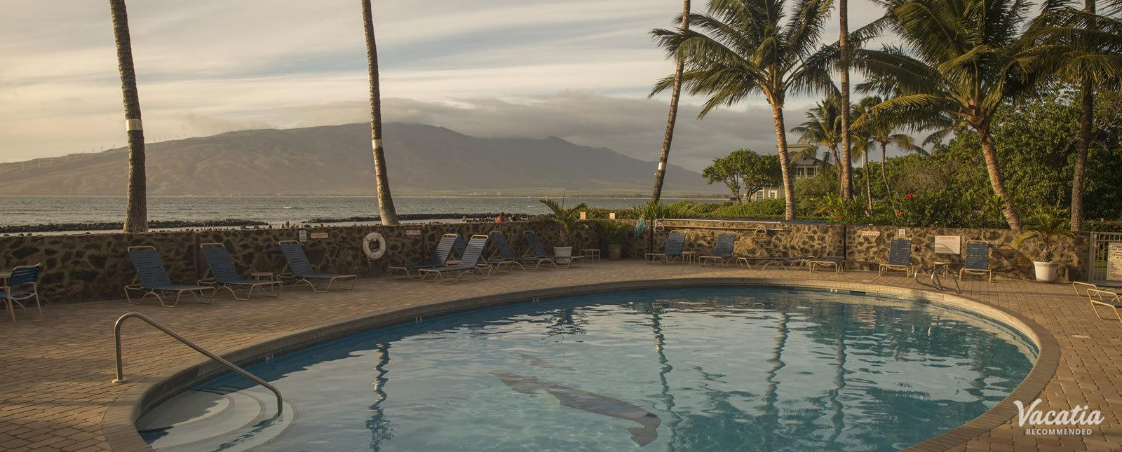 Menehune Shores watch sunsets from pool