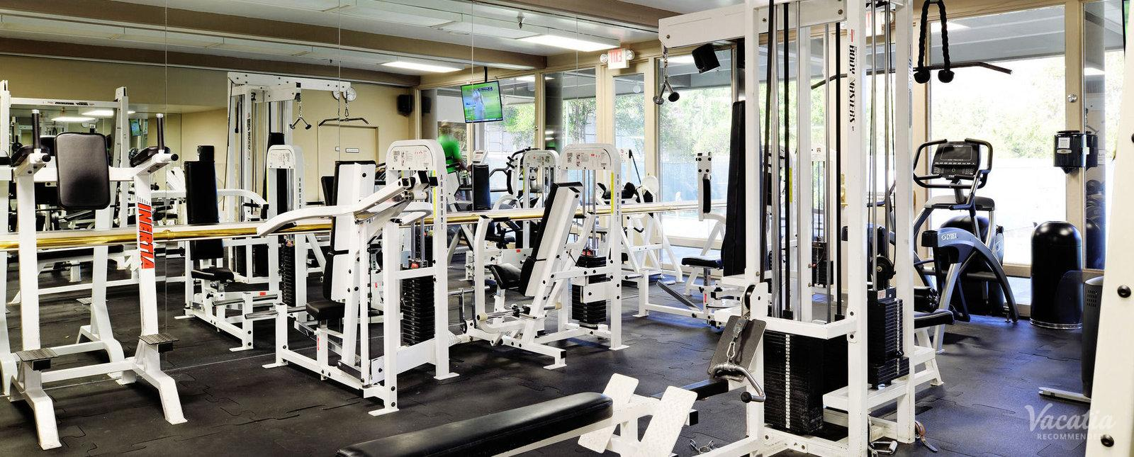 Riviera Oaks Resort & Racquet Club Fitness Center
