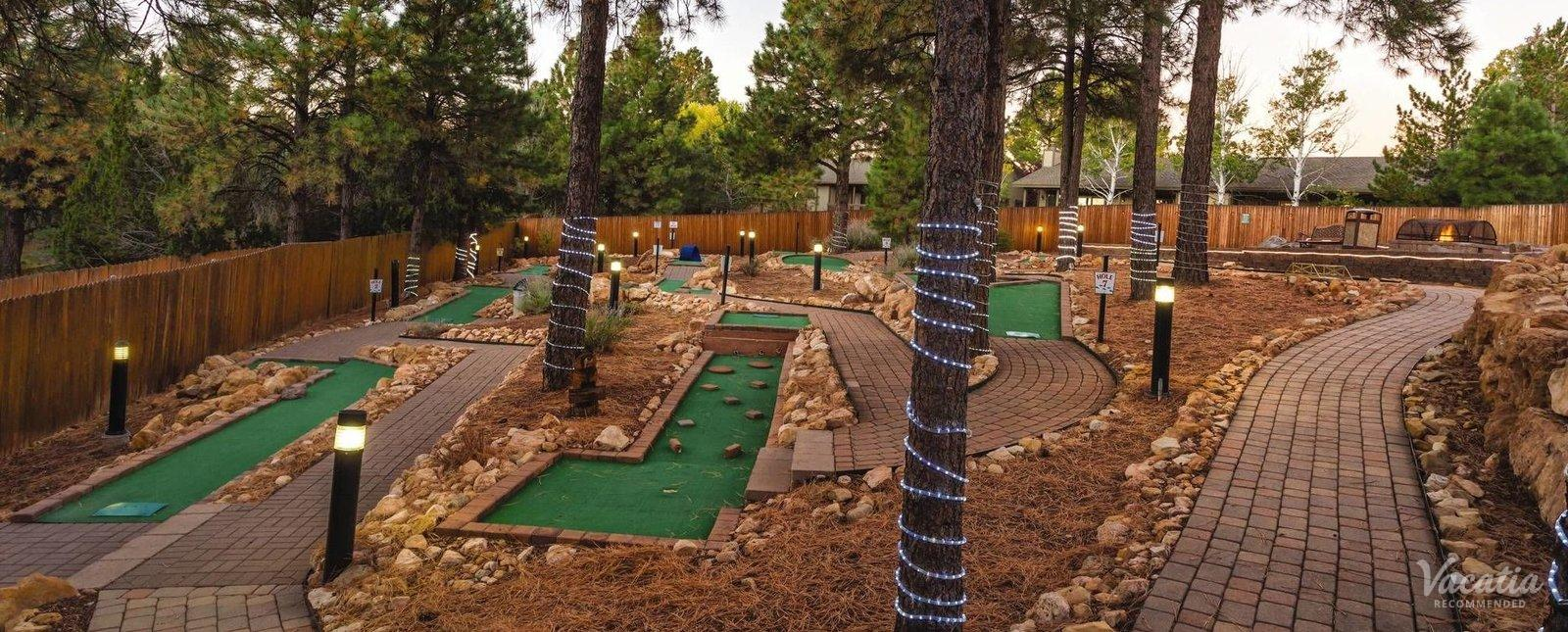 Wyndham Flagstaff Mini Golf