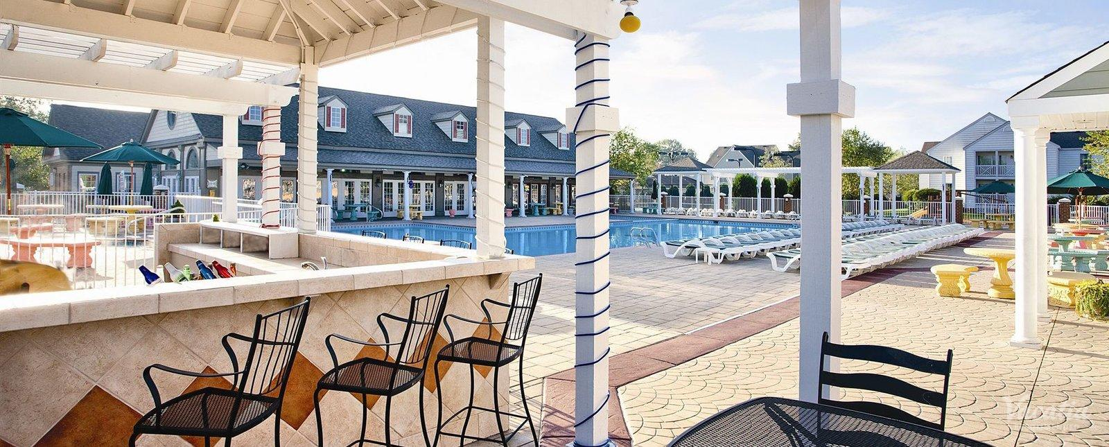 Wyndham Kingsgate Williamsburg Outdoor Pool