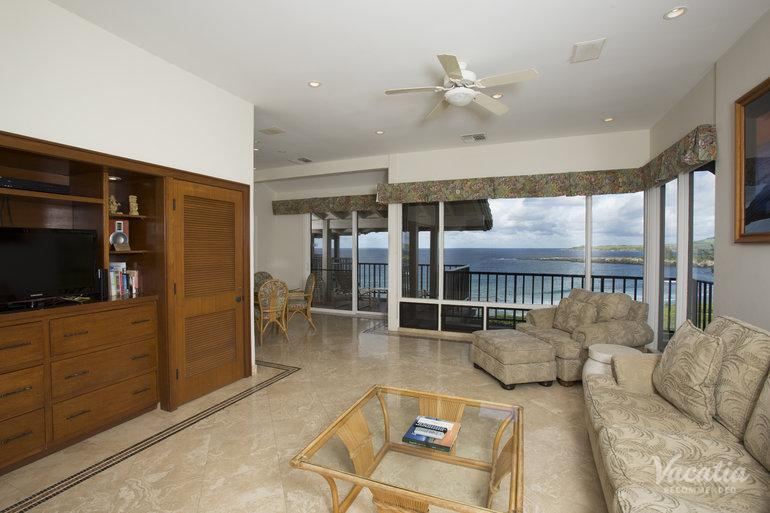 Standard One Bedroom Oceanfront Kapalua Villas Maui Maui Condo Rentals