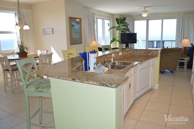 Three Bedroom Three Bath Gulf Front Sunrise Beach Resort By Wyndham Vacation Rentals Panama