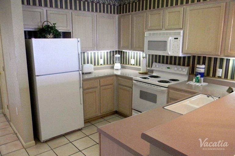 Three bedroom three bath surrey 39 s carriage place branson condo rentals for Branson condo rentals 3 bedroom