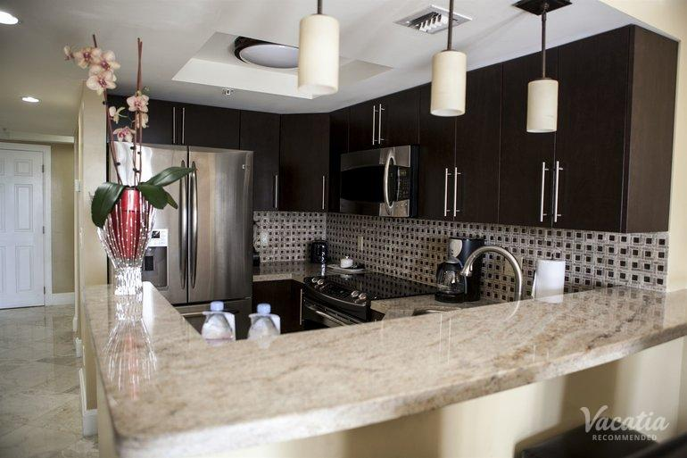 Deluxe Two Bedroom Two Bath The Mutiny Hotel Miami Fort Lauderdale Condo Rentals