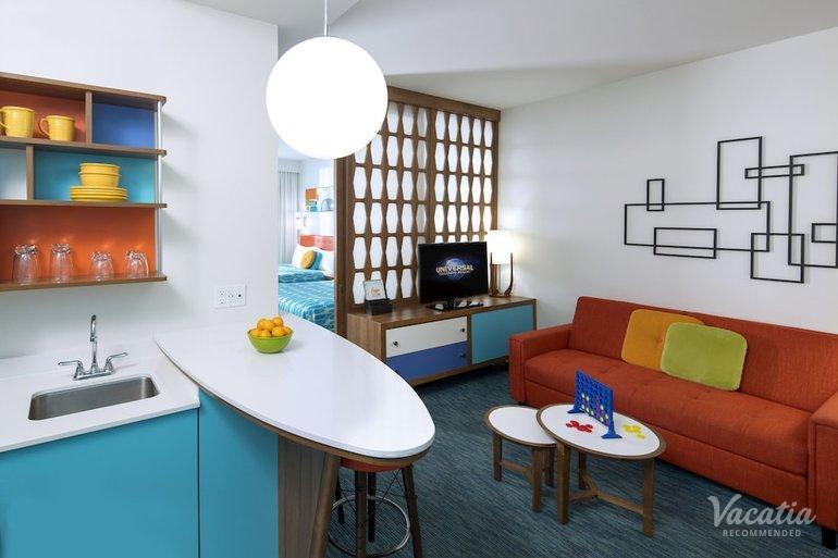 Poolside Family Suite Interior Entry Universal S Cabana Bay Beach Resort Orlando Suite Rentals